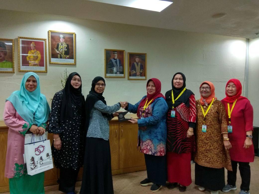 Malaysia UMPalembang Fukum (2)
