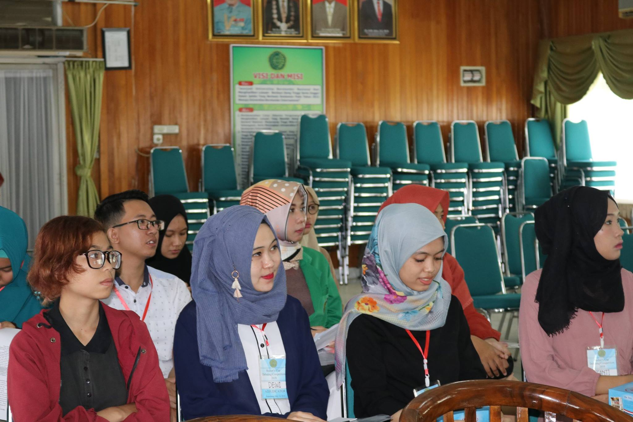 Rector's Cup Debate Competition UMPalembang (2)