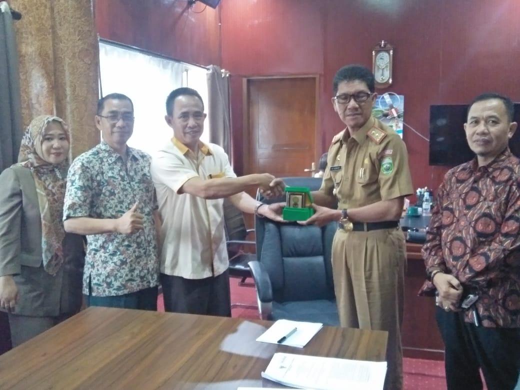 Pendampingan BUMDes, FEB Universitas Muhammadiyah Palembang Kunjungi Kadis PMD Sumsel